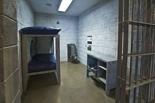 800px-Jail_Cell_NMCP